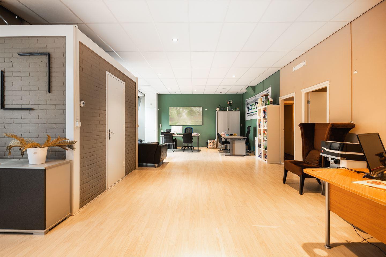 Bekijk foto 2 van Jacques Veltmanstraat 8