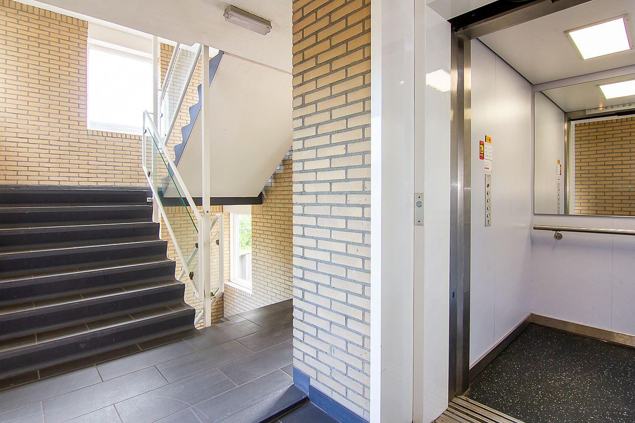Bekijk foto 4 van Rozenstraat 59