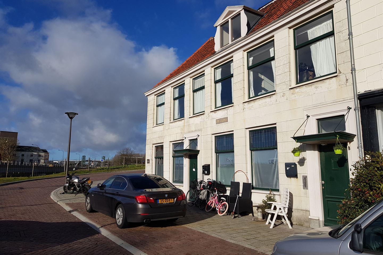Bekijk foto 3 van Dokter Baumannplein 1 & 3