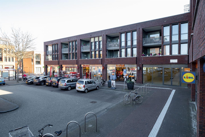 Bekijk foto 3 van Eskerplein 2