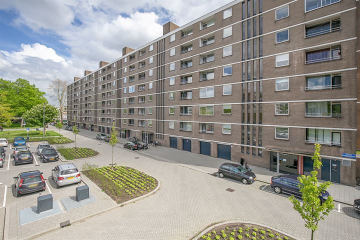 Edmond Hellenraadstraat 76