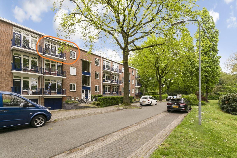 View photo 2 of Veldkamp 50