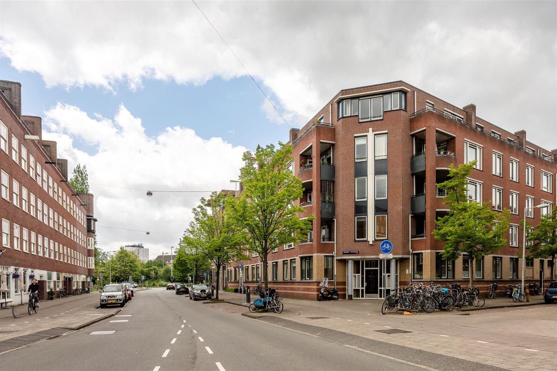 Bekijk foto 2 van President Steynstraat 18