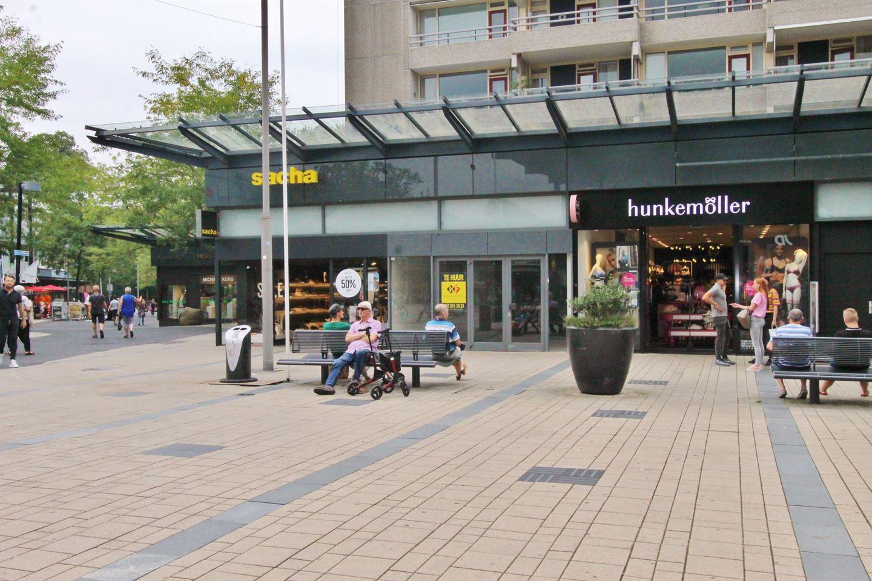 Bekijk foto 1 van Mondriaanplein 3