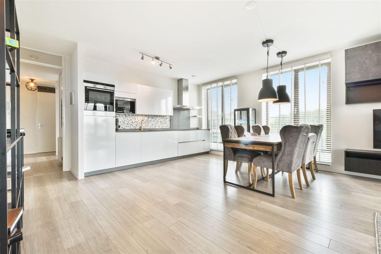 Bekijk foto 5 van Titus van Rijnstraat 153