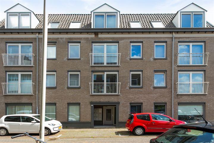 Nieuwe Huizen 9 C