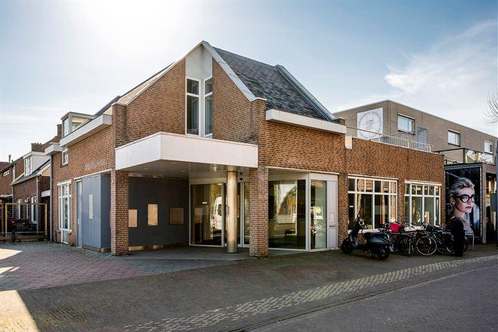 Hoofdweg 1197, Nieuw-Vennep