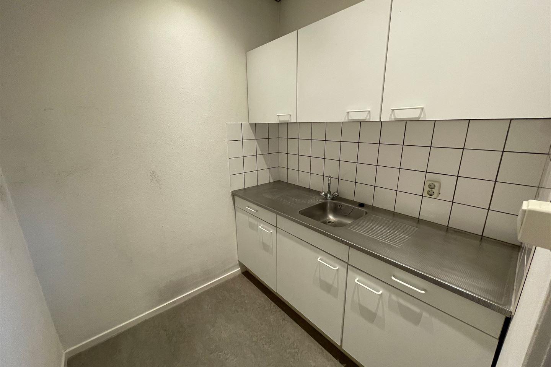 Bekijk foto 3 van Wilhelm Röntgenstraat 2