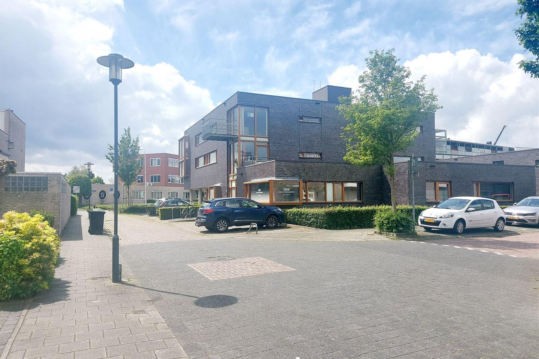 Bekijk foto 3 van Antoinette Nijhoffstraat 15