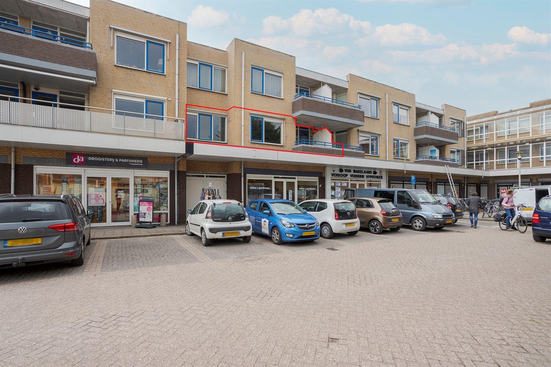 Bekijk foto 2 van Dokter Stapenséastraat 5