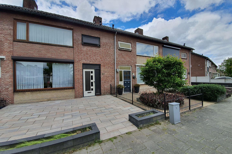 View photo 2 of Van Coehoornstraat 36