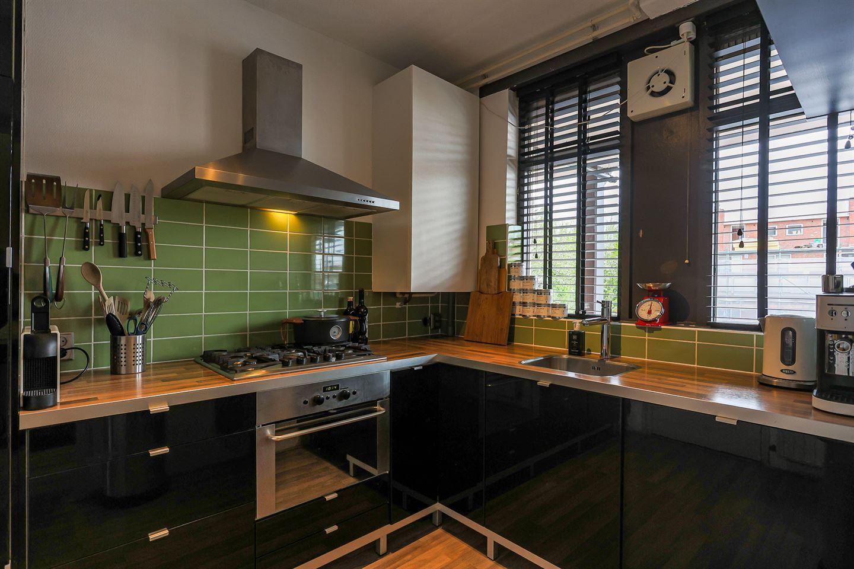 Bekijk foto 3 van Van Leeuwenhoekstraat 16