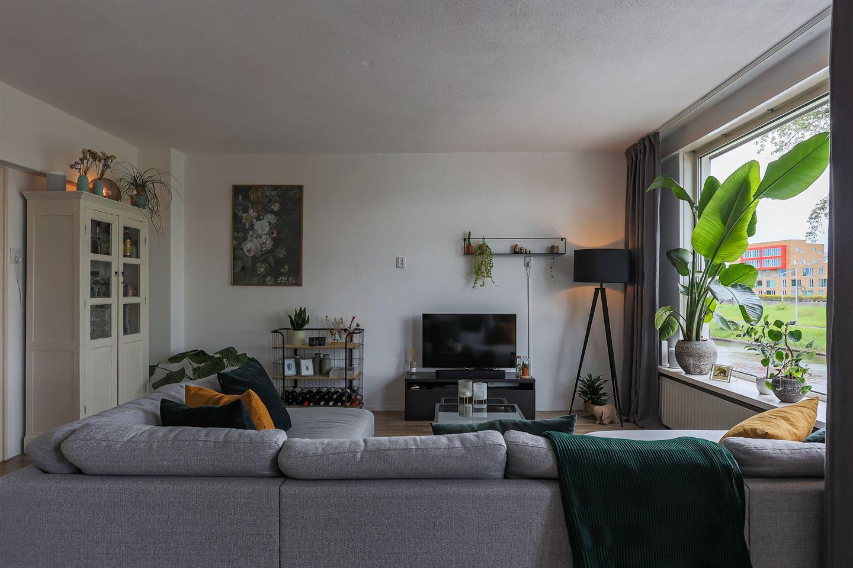 Bekijk foto 2 van Van Leeuwenhoekstraat 16