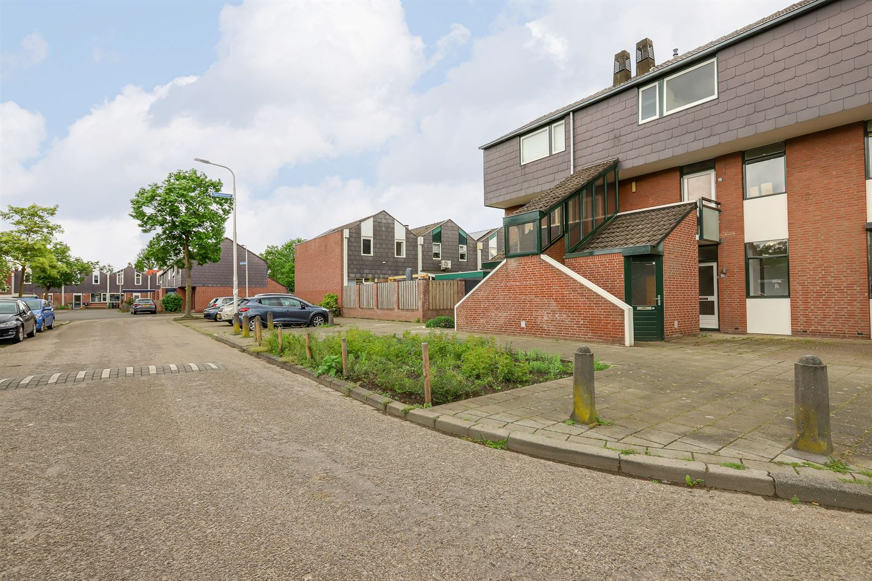 View photo 3 of Zwaluwstraat 157