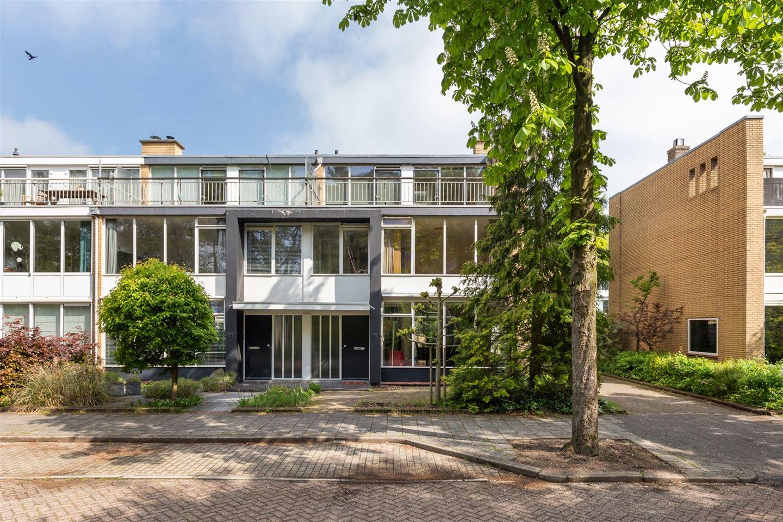 Bekijk foto 3 van Jan Ligthartplein 25