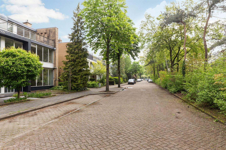 Bekijk foto 5 van Jan Ligthartplein 25