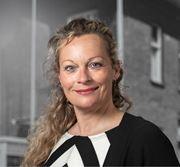 Simone Buiteman - Secretaresse