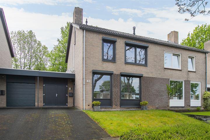 Godfried Bomansstraat 43
