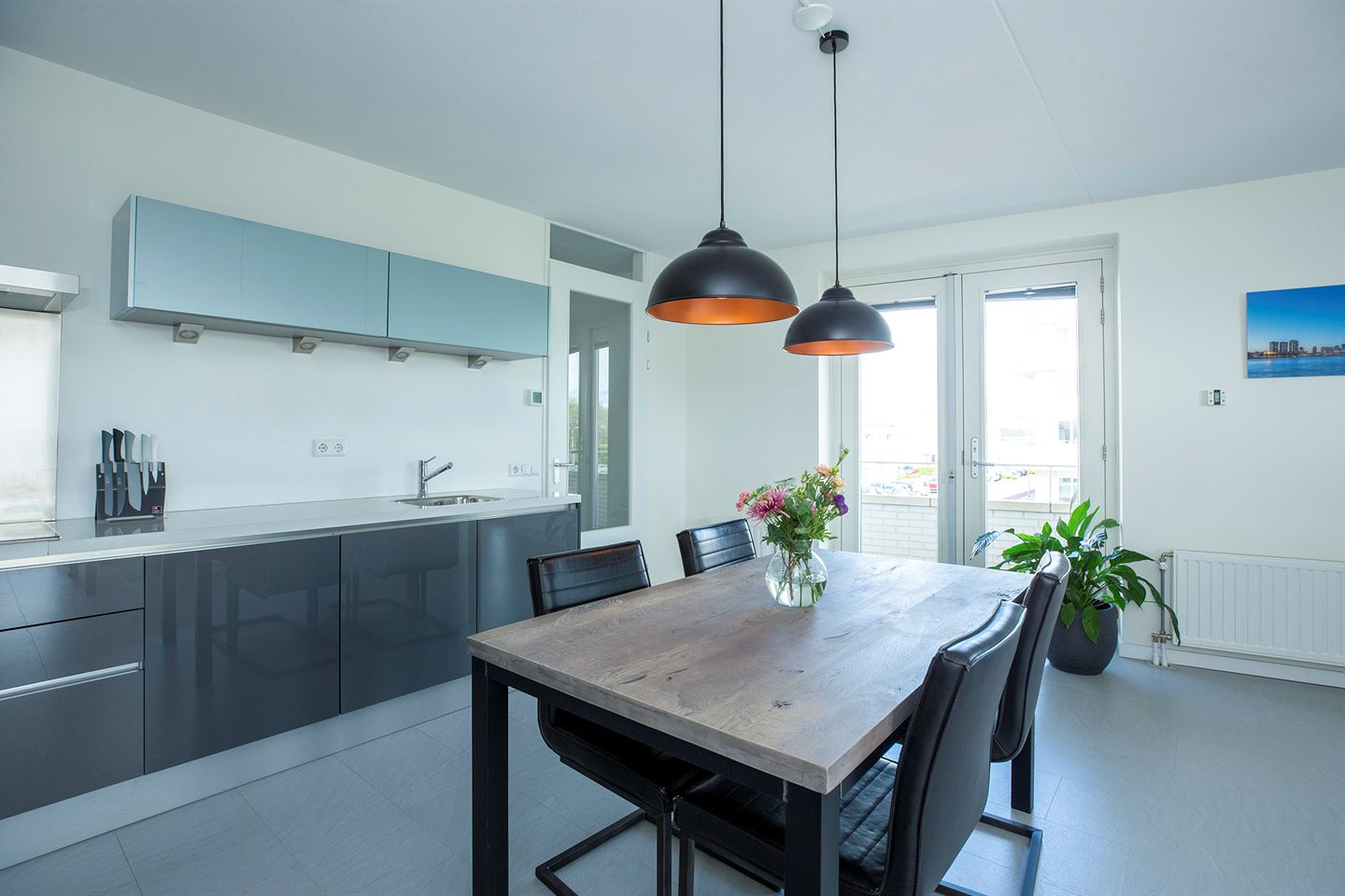 Bekijk foto 3 van van den Binckhorststraat 16