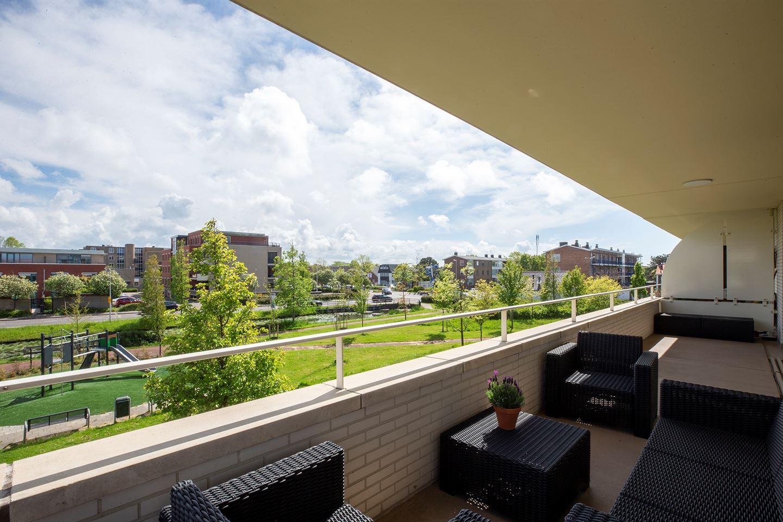 Bekijk foto 4 van van den Binckhorststraat 16
