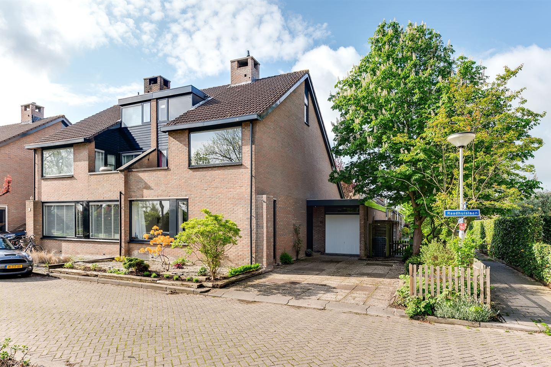 View photo 2 of Raadhuislaan 55