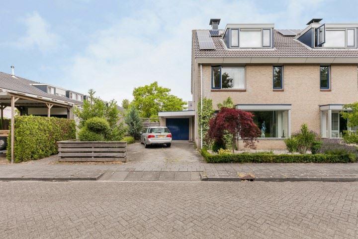 Bekijk foto 1 van Reine Claudestraat 16