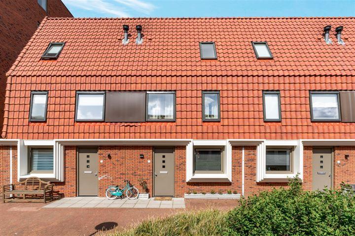 Huygensstraat 16