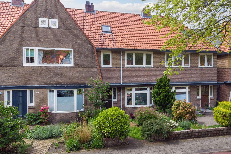 Bekijk foto 1 van Vermeerstraat 101