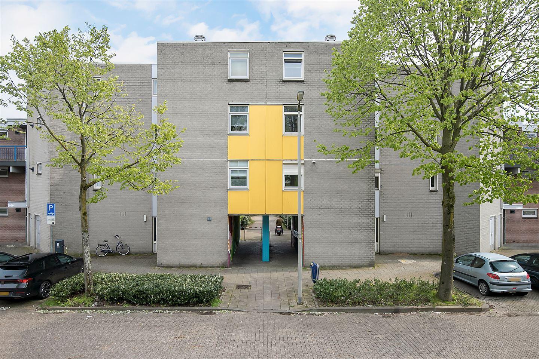 View photo 2 of Kronenburgsingel 387