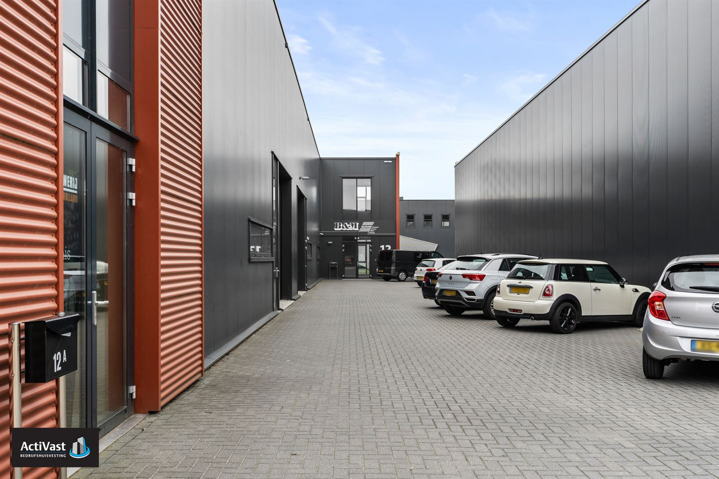 View photo 5 of Venturistraat 12 a