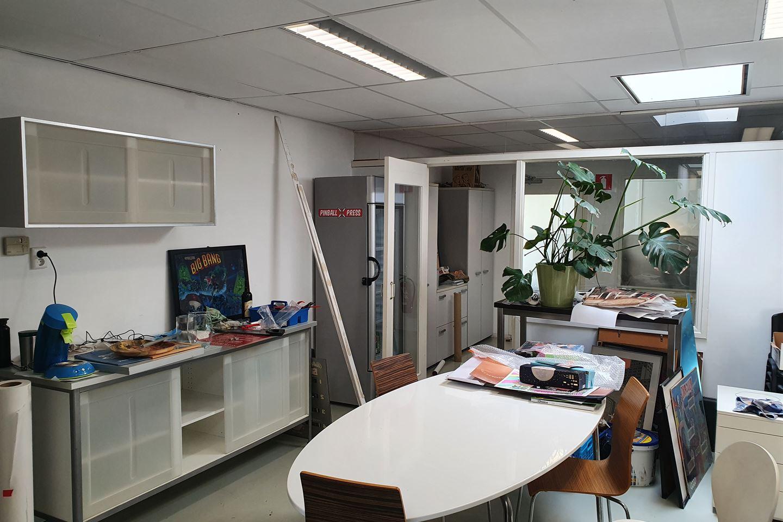 View photo 4 of Van Galenstraat 95