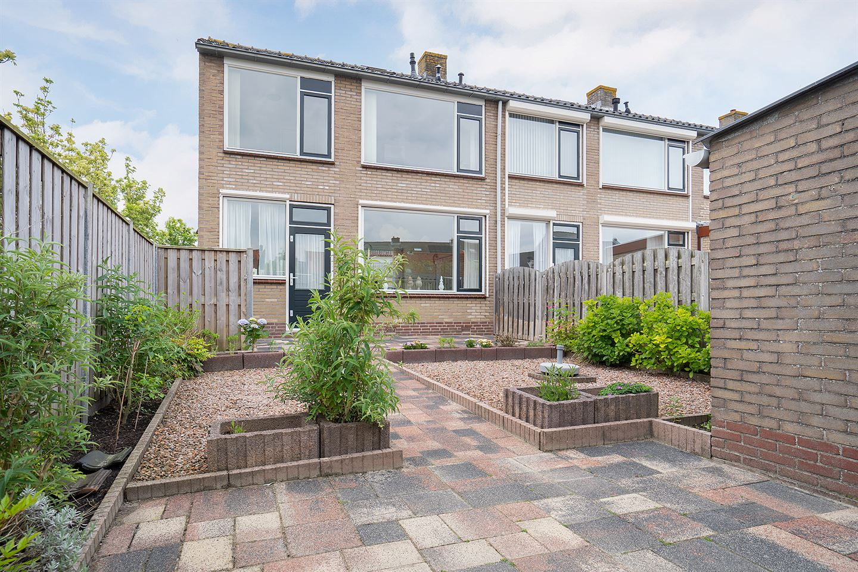 Bekijk foto 4 van Dr H Colijnstraat 11