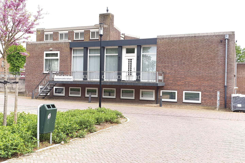 Bekijk foto 2 van Dorpsstraat 10 A