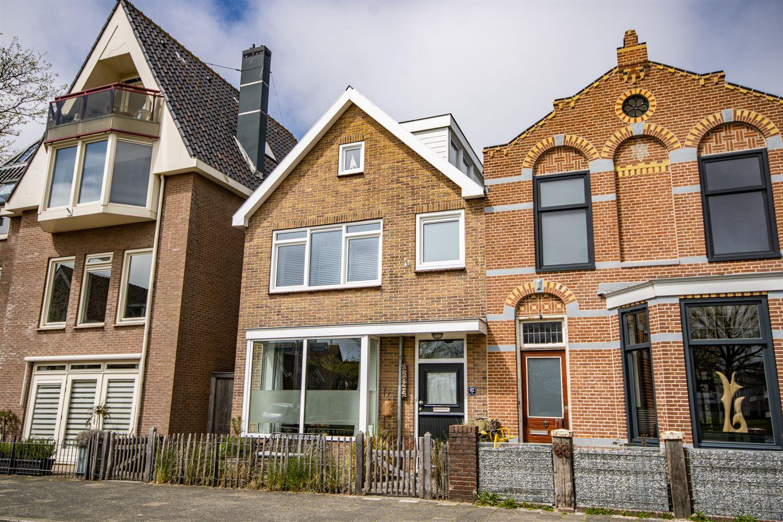 View photo 1 of Voorstraat 62