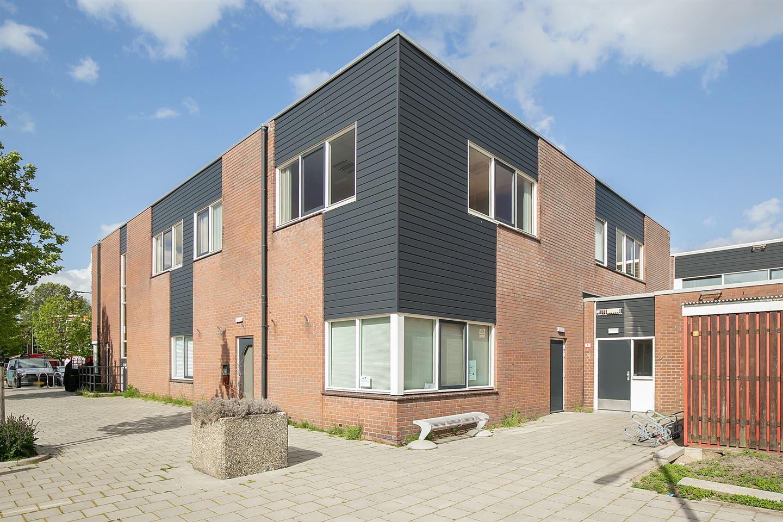 Bekijk foto 2 van Jan van Avennesstraat 32