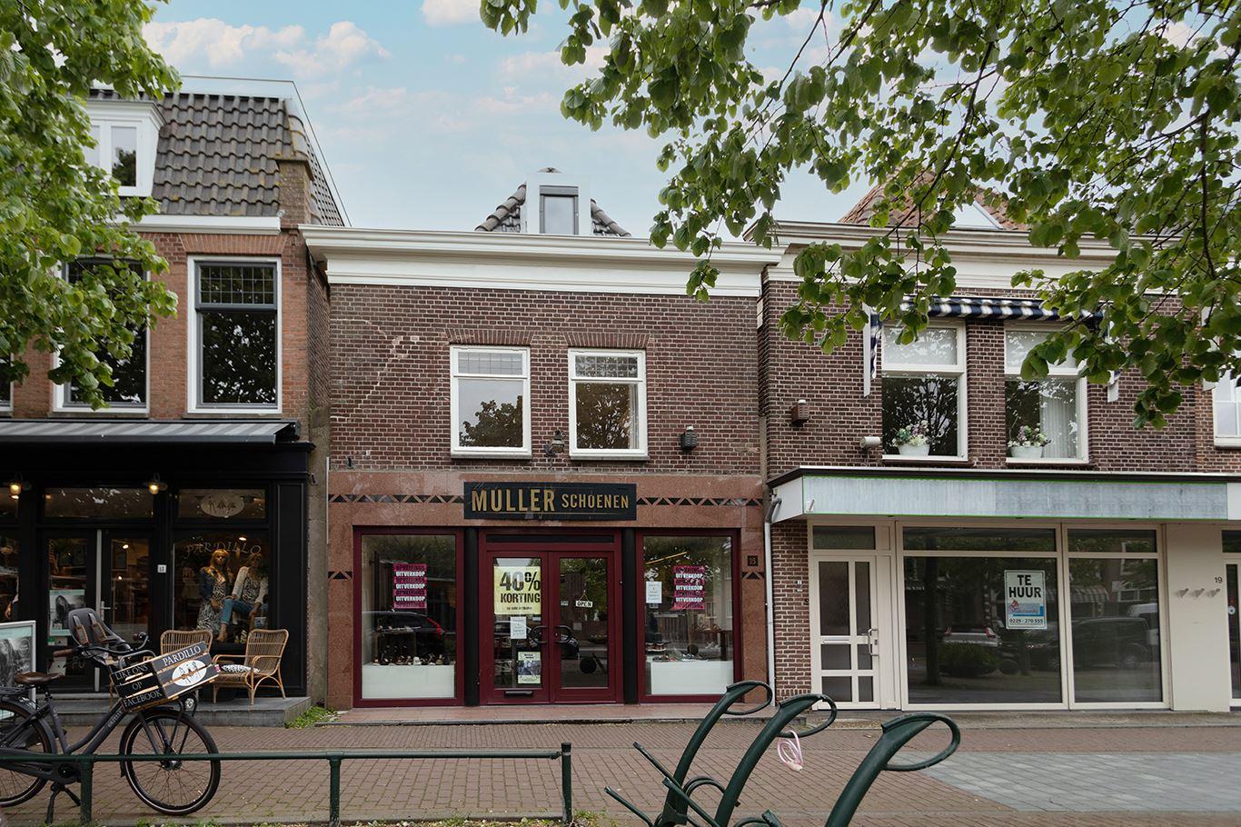 Bekijk foto 2 van Nieuwstraat 15