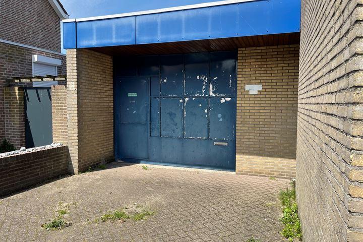 Rector Buijselstraat 19, Rijen