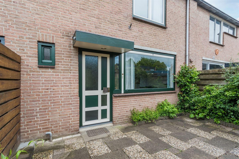 Bekijk foto 2 van Doornenburg 19