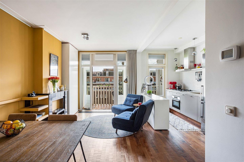 Bekijk foto 2 van Van der Hoopstraat 111 -3