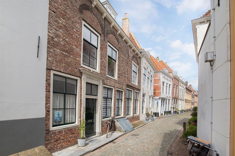View photo 2 of Herenstraat 40