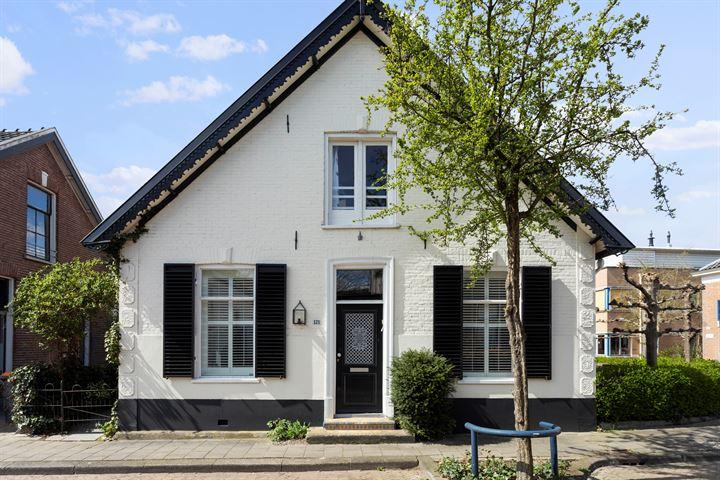 Rustenburgstraat 121
