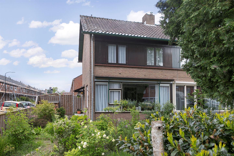 View photo 4 of Johannes Vermeerlaan 21