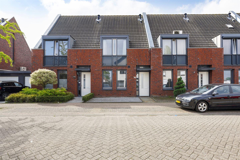 Bekijk foto 1 van Roestenbergstraat 78