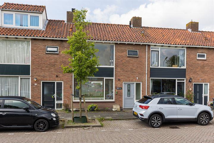 Beemsterstraat 18
