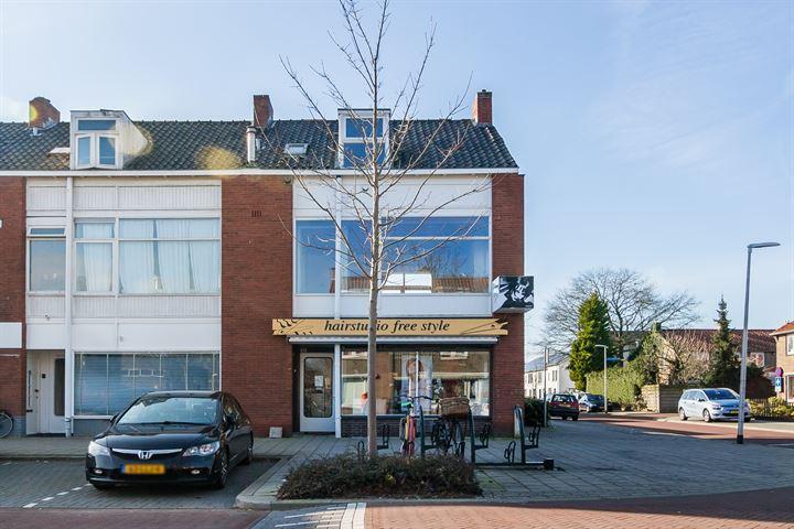 Karel Doormanlaan 42 /42A, Bussum