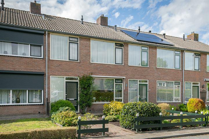 D H van der Scheerstraat 43