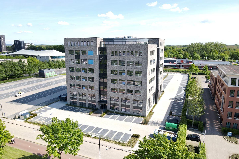 Bekijk foto 3 van Wijchenseweg 10 R*