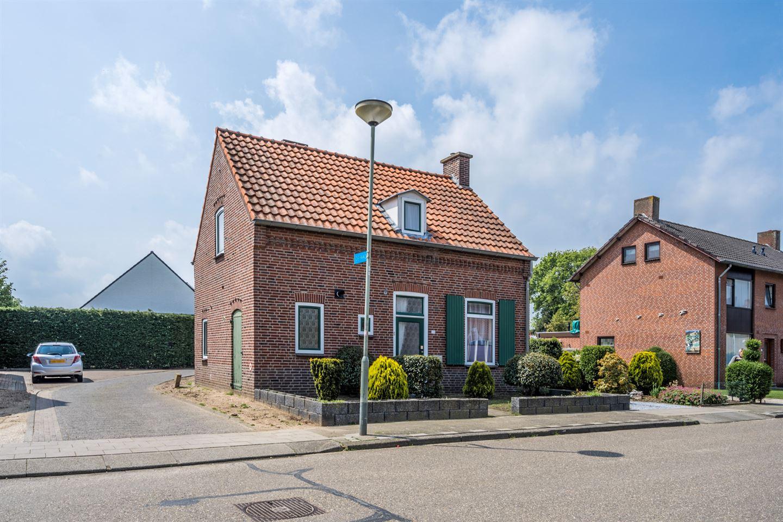 Bekijk foto 2 van Papenbeek 33