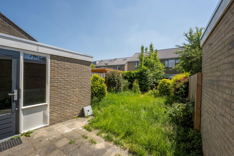 View photo 3 of Nieuwegeer 23