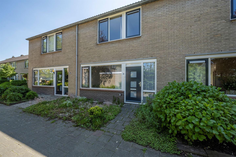 View photo 1 of Nieuwegeer 23